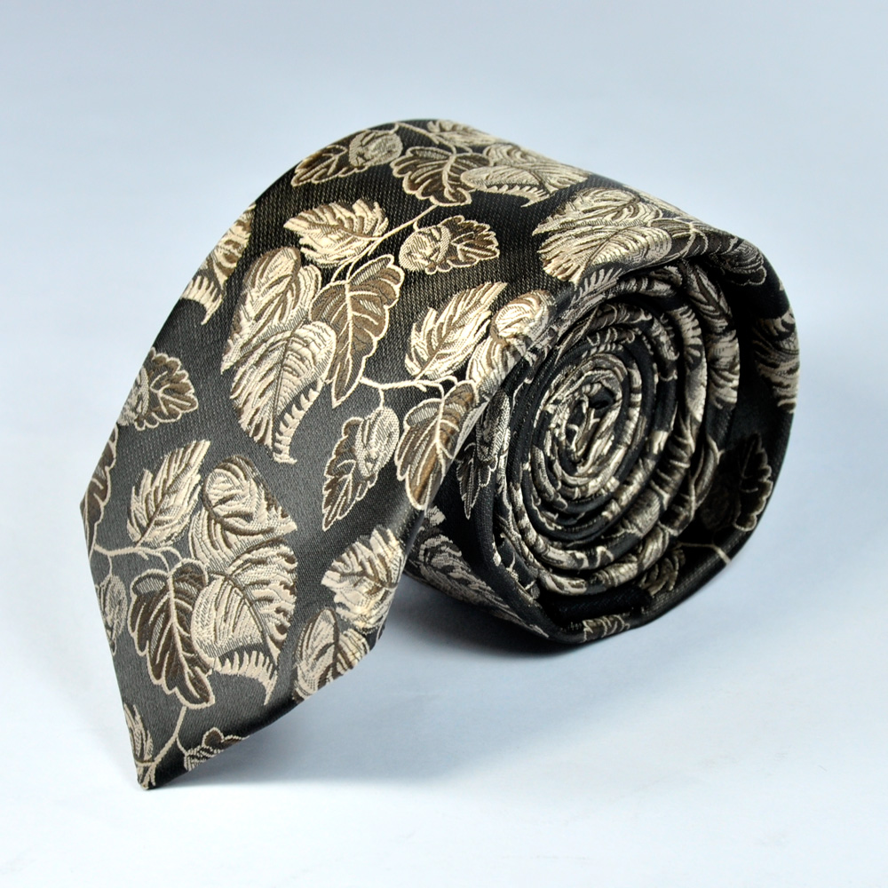 Beautiful Black Paisley Design Tie