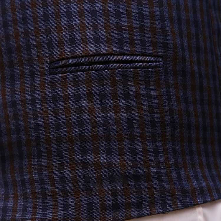 Men Navy Blue Suit With Check Waistcoat Pocket